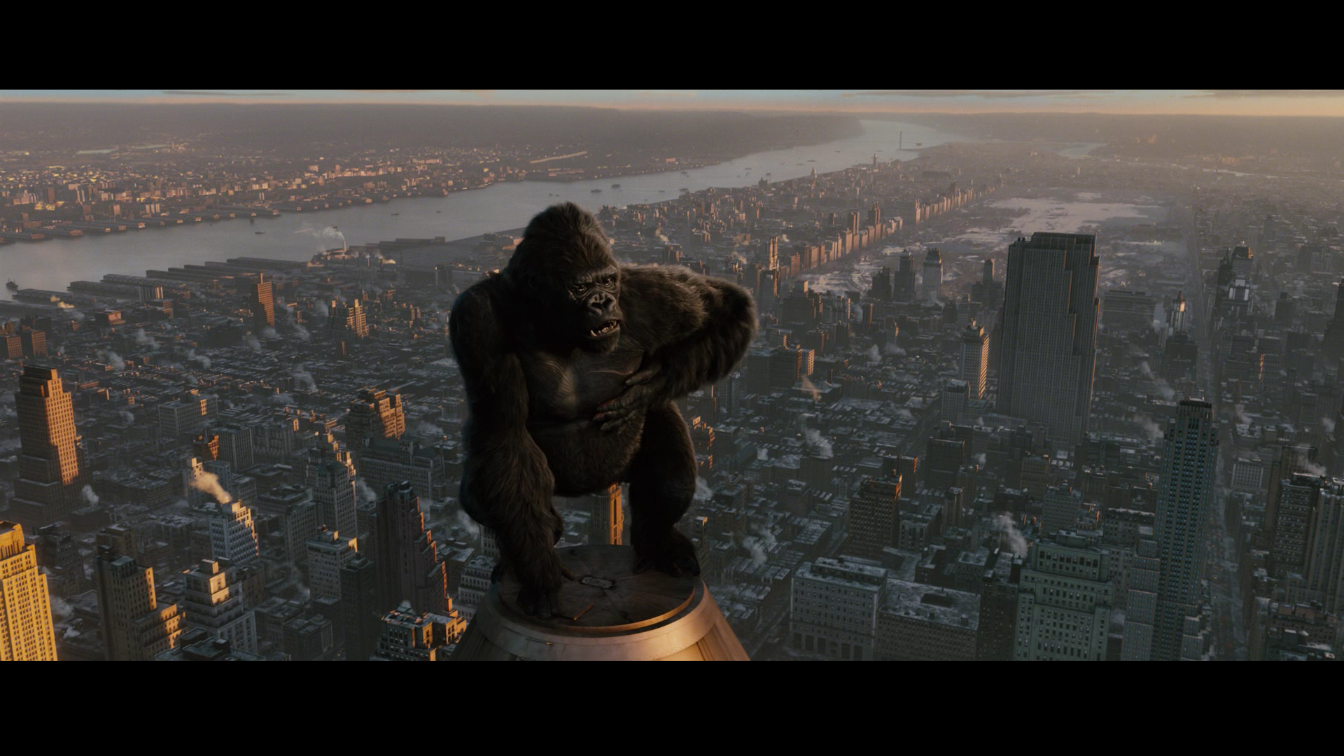 Kong 2005 Worms King kong. serenity King Kong Empire State Building ... King Kong Empire State Building With Girl